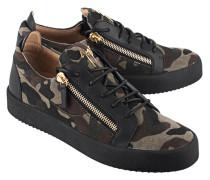 Flache gemusterte Leder-Sneaker  // Low Camo Green