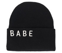 Beanie mit Stickerei  // Babe Black