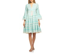 Ausgestelltes Kleid mit Muster