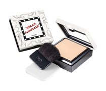 """7 g  """"Me, vain?"""" CHAMPAGNE Hello Flawless Puder"""