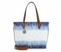 Shopper Anastasia Batic