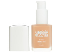 30 ml  Honey Tan Runway Foundation SPF