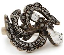 Ring aus Silber mit Kristallen