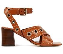 Sandalen aus Leder mit Nieten und Ösenverzierung