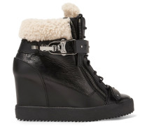 Shearling-trimmed Leather Wedge Sneakers Schwarz