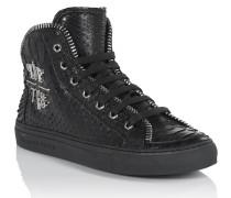 "sneakers ""darkness"""