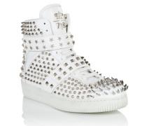 "sneakers ""shining"""