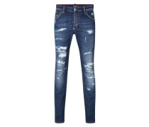 "Super straight cut ""Dream in jeans"""