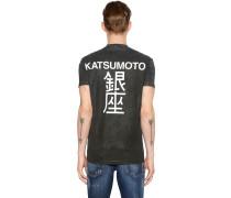 T-SHIRT AUS JERSEY MIT KATSUMOTO-DRUCK
