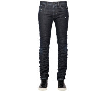 17CM ENGE JEANS AUS RAW DENIM