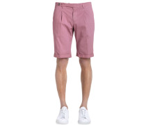 ENGE SHORTS AUS STRETCH-GABARDINE