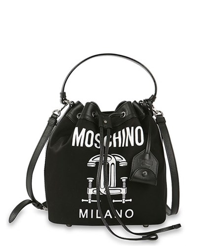 moschino damen moschino beuteltasche mit druck schwarz reduziert. Black Bedroom Furniture Sets. Home Design Ideas