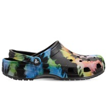 Klassische Sandalen mit Batikdruck