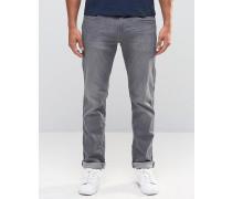 Schmal geschnittene Jeans in grauer Waschung Grau