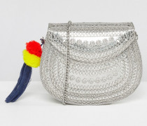 Silberne Metall-Umhängetasche mit Bommelanhänger Silber