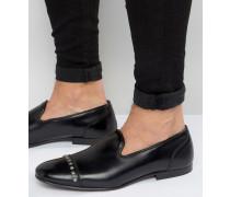 Schwarze Leder-Loafer mit Nietenverzierung auf der Zehenkappe Schwarz