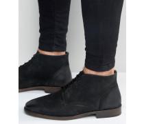 Chukka-Stiefel aus gewachstem Leder in Schwarz Schwarz