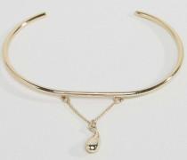 Armband mit tränenförmigem Anhänger Gold