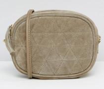Gesteppte, ovale Umhängetasche aus Wildleder mit Kettenriemen Grau