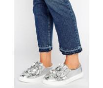 Silberne Schuhe mit Blumen-Applikation Silber