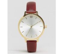 Uhr mit schlichtem Zifferblatt Rot
