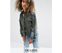 Vintage-Military-Jacke mit Jeans-Aufnähern Grün
