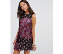 Kleid mit Schnörkelmuster Violett