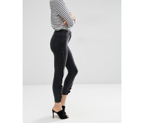 Ridley Enge Jeans in verwaschenem Schwarz mit seitlicher Rüsche Schwarz
