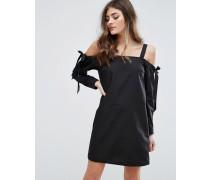 Schulterfreies Kleid mit geschnürten Ärmeln Schwarz