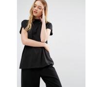 Hochgeschlossenes T-Shirt Schwarz