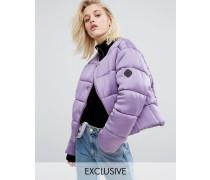 Übergroße, wattierte Jacke ohne Kragen aus luxeriösem Satin Violett