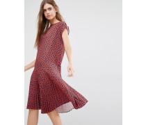 Kleid mit tiefsitzender Taille und Herzmotiv Rot