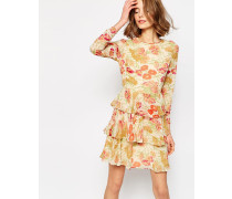 Gestuftes Kleid mit Blumenprinmt Mehrfarbig