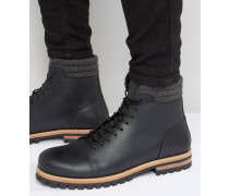 Schnürstiefel aus schwarzem Leder mit schwerer Profilsohle Schwarz