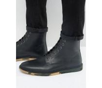Schnürstiefel aus schwarzem Leder mit Sohle mit Military-Muster Schwarz