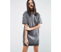 Kleid aus Neopren mit Schmürung am Ärmel Grau