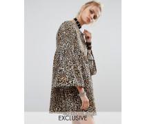 Schößchenkleid mit Leopardenmuster Mehrfarbig
