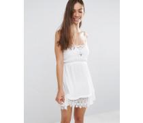Kleid mit Häkelsaum Weiß