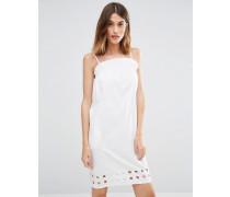 Trägerkleid mit Rüschen und Zierausschnitten Weiß
