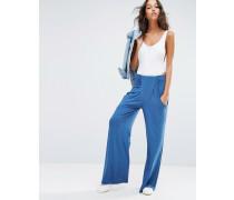 Hose mit tiefem Taschen und lockerem Beinschnitt Blau