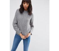 Hochgeschlossener Pullover mit Zopfmuster Grau