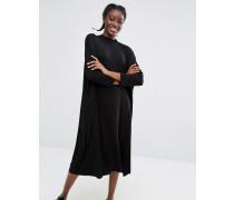 Übergroßes, gesmoktes Kleid Schwarz