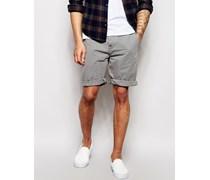 Länger geschnittene Chino-Shorts Grau