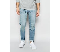 Levi's 501 Customized Karottenjeans in heller Huxley Used-Waschung Blau