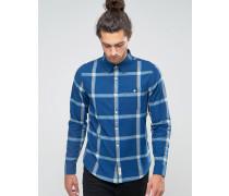 Schmales, blaues Flanellhemd mit großem Karomuster und Knopfleiste Marineblau