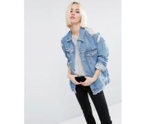 Jeansjacke mit auffälligen Rissen in verwaschenem Mittelblau Blau