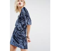 Samt-Kimonokleid in Wickeloptik Blau