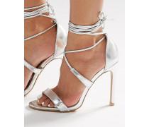 Sandalen mit Fersenriemchen und Absatz in Silber-Metallic Silber