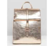 Rucksack mit gerollter Umschlagklappe und Metallic-Optik Kupfer