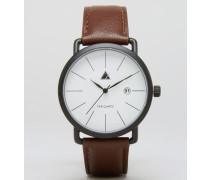 Minimalistische Uhr in Braun Braun